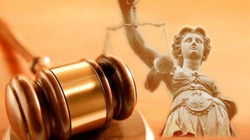 Подлог документов: признаки фальсификации, законодательное регулирование, меры ответственности и образец заявления