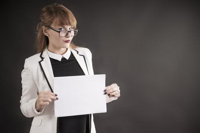 Работа без заключения трудового договора: плюсы и минусы, ответственность работодателя