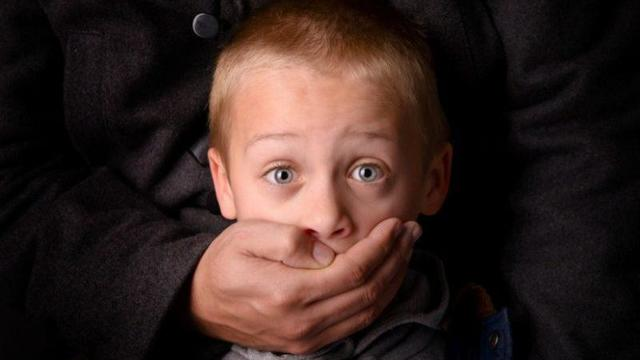 Статья 116 УК РФ: избиение несовершеннолетних детей. Ответственность за нанесение побоев ребенку родителями