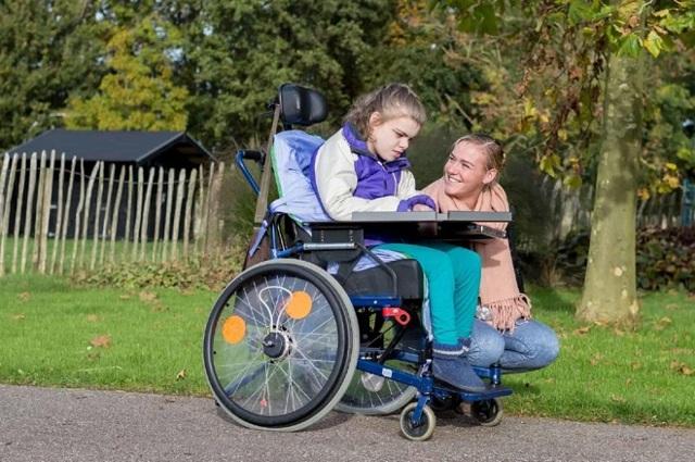 Дополнительный отпуск по уходу за ребенком-инвалидом по закону: срок, необходимые документы, порядок расчета и оплаты
