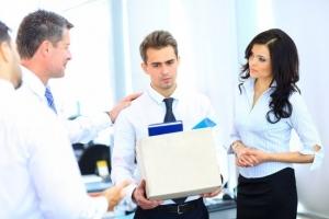 Заявление на увольнение по собственному желанию: правила написания и образец бланка