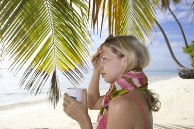 Оплачивается ли больничный лист во время нахождения в отпуске без содержания?