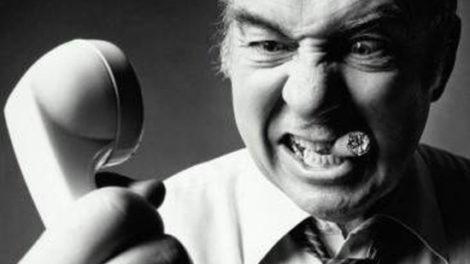 Шантаж и вымогательство через интернет: образец жалобы, привлечение к ответственности. Как избежать шантажа интимного характера?