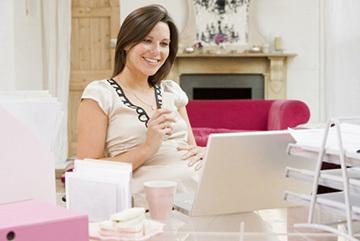На каком сроке беременности уходят в декретный отпуск: как правильно рассчитать дату? Продолжительность, калькулятор