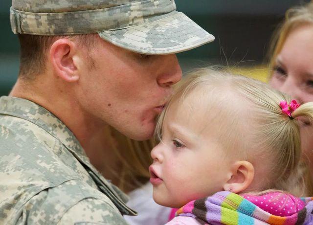Положен ли больничный военнослужащему по уходу за ребенком: как его оформить и получить оплату?