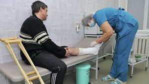 Оплата больничного при производственной травме: основные понятия и правила расчета выплачиваемых пособий