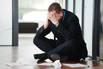Возмещение материального ущерба работником работодателю: случаи для привлечения сотрудника к ответственности, порядок взыскания