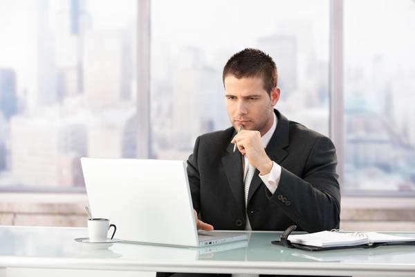 Должностная инструкция директора управляющей компании ЖКХ: содержание и образец документа