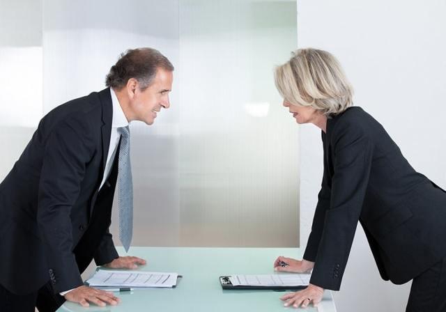 Оскорбление: понятие правонарушения, назначение административной и уголовной ответственности, подача иска в суд
