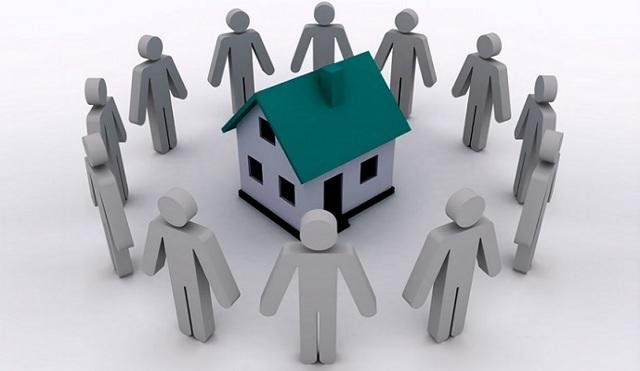Можно ли продать квартиру с долгами за коммунальные услуги и как из нее выписаться? Проверка жилья перед покупкой