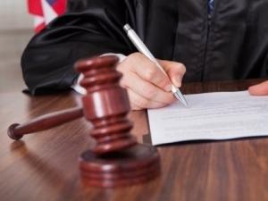 Клевета в отношении юридического лица: нормативное регулирование ответственности, виды клеветы и подача иска