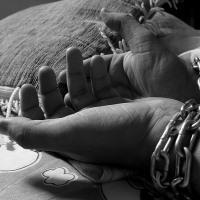 Причинение психического и физического вреда здоровью несовершеннолетнему ребенку: ответственность по нормам уголовного права