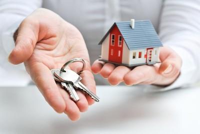 Мошенничество с недвижимостью при покупке, продаже и сдаче квартиры в аренду: схемы правонарушений и порядок борьбы с ними