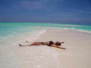 Можно ли работать, находясь в декретном отпуске? Совместительство, неполный день и порядок выплаты пособия