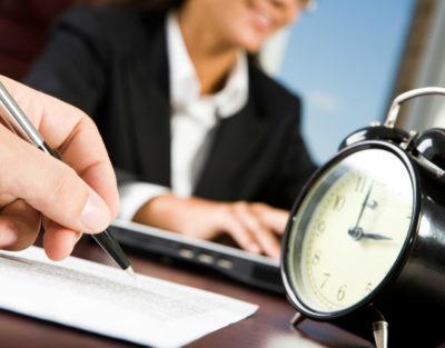 Испытательный срок при срочном трудовом договоре: как прописать? Порядок заключения и образец документа