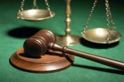 Оскорбление представителя власти и должностного лица при исполнении служебных обязательств: ответственность за правонарушение