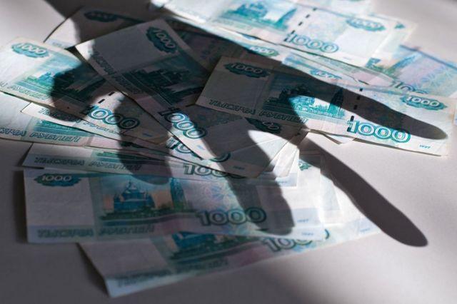 Кража денег: законодательство, признаки уголовного преступления, отягчающие обстоятельства, привлечение к ответственности
