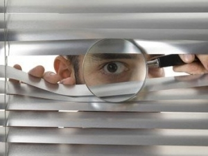 Нарушение неприкосновенности и вторжение в частную жизнь: понятие правонарушения и ответственность по статье 137 УК РФ
