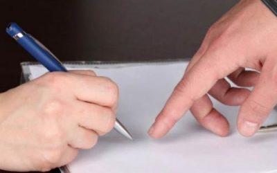 Порядок увольнения работающего пенсионера по собственному желанию без отработки: подача заявления, сроки, выплаты