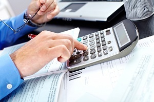 Начисляются ли страховые взносы с отпускных: как и когда их следует платить?