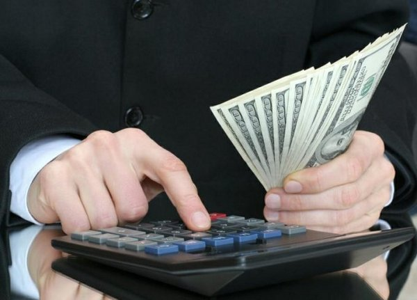 Разрешается ли выплачивать отпускные вместе с зарплатой? Последствия несоблюдения сроков