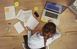 Как происходит замещение временно отсутствующего работника на время отпуска по ТК РФ? Порядок оформления, образец приказа, оплата