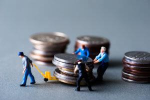 Уменьшение заработной платы по инициативе работодателя: возможные причины, правильное оформление, образец приказа, ответственность