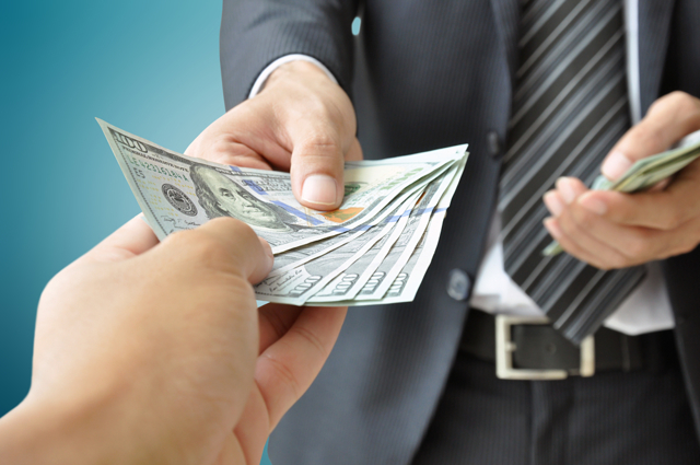 Оформление отпуска госслужащих: продолжительность, расчет, оплата, компенсация при увольнении