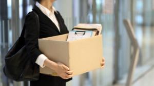 Расторжение трудового договора по инициативе работодателя: основания, порядок действий, образец приказа