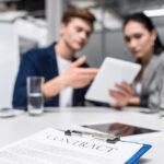 Виды трудовых договоров: срочный и бессрочный. Классификация по характеру работы и их особенности