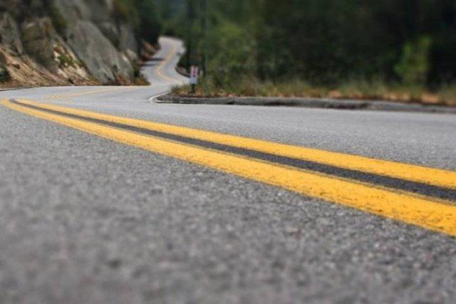 Статья 12.16 КоАП РФ: дорожные знаки и разметка. Что грозит за нарушение их указаний: штраф или лишение прав?