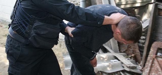 Незаконное лишение свободы человека: ответственность по статье 127 УК РФ, отличие от похищения, примеры и состав преступления