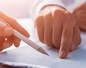 Срочный трудовой договор: чем он отличается от обычного контракта? Плюсы и минусы для работника