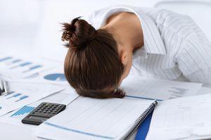 Предоставление отпуска за свой счет: сколько дней можно брать в год, как оформить и как учитывается трудовой стаж?