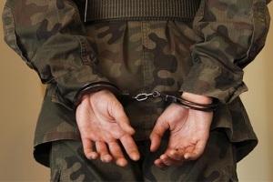 Оскорбление военнослужащего: законодательное регулирование административной и уголовной ответственности, сбор доказательств