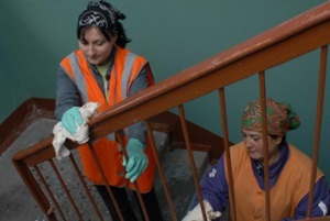 Что входит в содержание придомовой территории многоквартирного дома: уборка мест общего пользования, ремонт фасада, подвальных и вспомогательных помещений, обслуживание лифтов