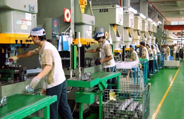 Сдельно-прогрессивная система оплаты труда: понятие, сфера применения, формулы расчета с примерами