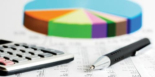 Обязанность собственников жилья по заключению договора с управляющей компанией: образец документа