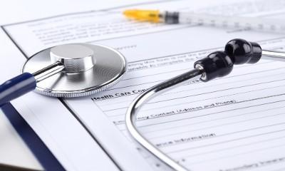 Продление больничного при осложненных родах: причины, необходимые документы, оплата, сроки